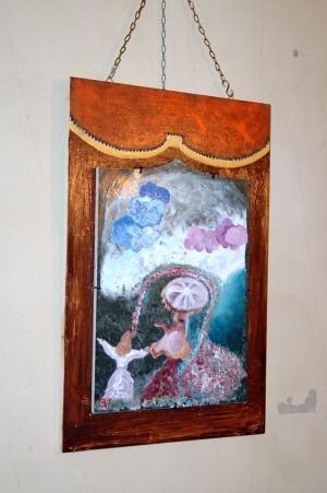 Inseguendo le nuvole Tecnica mista su mattonella di ceramica ritagliata 32x40 c.a applicata su tavola di legno dipinto a smalto dorato e bronzato 60x41cm